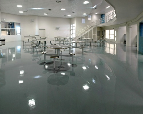 Atowax Plus: acrylic wax for high gloss floors